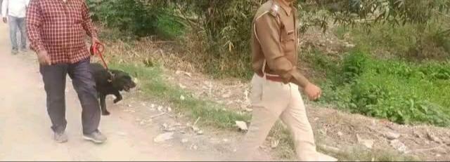 शराब कारोबारियों की खैर नहीं, स्वान दस्ता टीम के साथ पुलिस छापेमारी में एक गिरफ्तार !